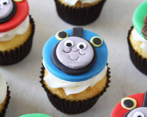 Check Out These Great Thomas The Train Themed Birthday Cakes