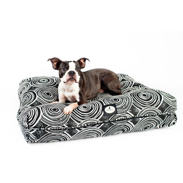 Greenwich Signature Pillow Dog Bed - Black & White