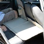 View Image 2 of Kurgo Backseat Bridge - Reversible Black/Khaki