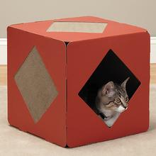 Savvy Tabby Cube-Scratch Cat Scratcher - Fireburst Red