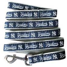 New York Yankees Officially Licensed Dog Leash