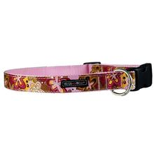 WaLk-e-Woo Groovy Girl Dog Collar